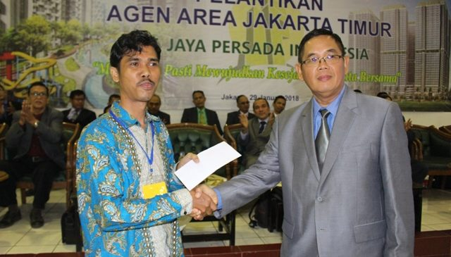 Komut JPI, Asrul Alamsyah Lantik Ratusan Marketing Agent